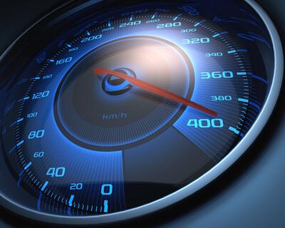 Von 0 auf 400? Was bei Sportwagen klappt, funktioniert beim Affiliate-Marketing leider nicht - stattdessen ist Durchhaltevermögen gefragt. Foto: panthermedia.net / Kiyoshi Takahase Segundo